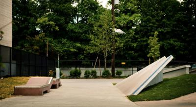 Holland Skate Plaza